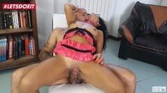 Milf Has Squirting Orgasm At Casting Thumb
