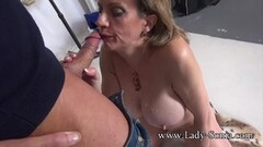 Naughty Photographer Face Fucks Mature Lady Sonia Thumb