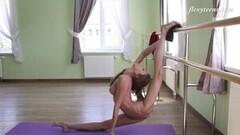 Firm tits flexible brunette Inessa Sabchak in red lingerie Thumb