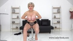 Sexy Lady Sonia as she strips completely naked Thumb